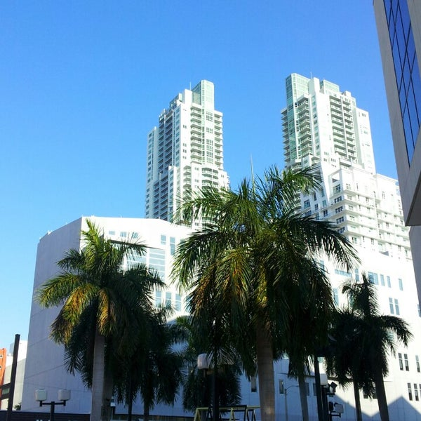 Photo taken at Miami Dade College Wolfson Campus by JOSE on 4/1/2013