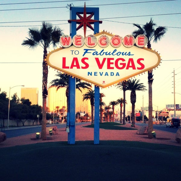 Photo taken at Welcome To Fabulous Las Vegas Sign by Arthür A. on 2/17/2013