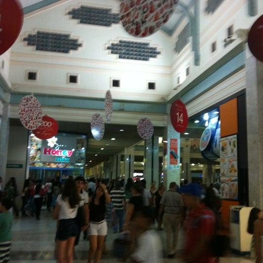 Foto tirada no(a) Teresina Shopping por Daniella M. em 1/8/2013