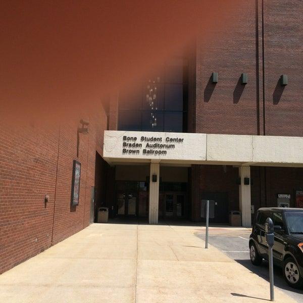 Foto diambil di Bone Student Center oleh Apurva D. pada 5/8/2014