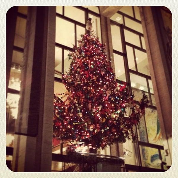 12/13/2012にKelsey L.がLincoln Center for the Performing Artsで撮った写真