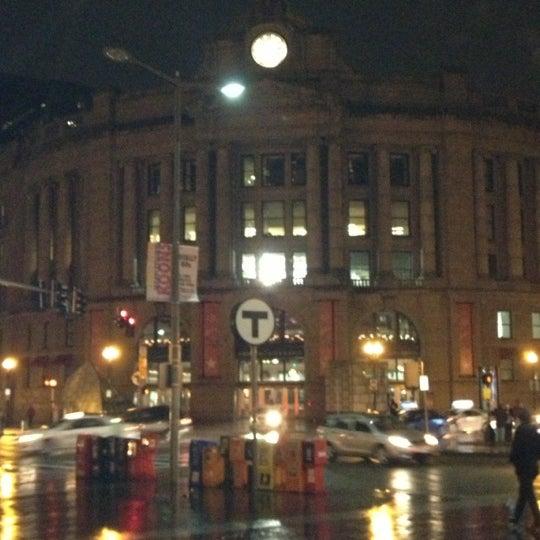 Photo taken at South Station Terminal (MBTA / Amtrak) by Carl H. on 12/8/2012