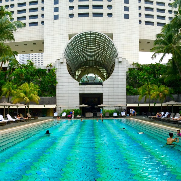 Swimming Pool The Ritz Carlton Millenia Singapore Hotel Pool In Downtown Core
