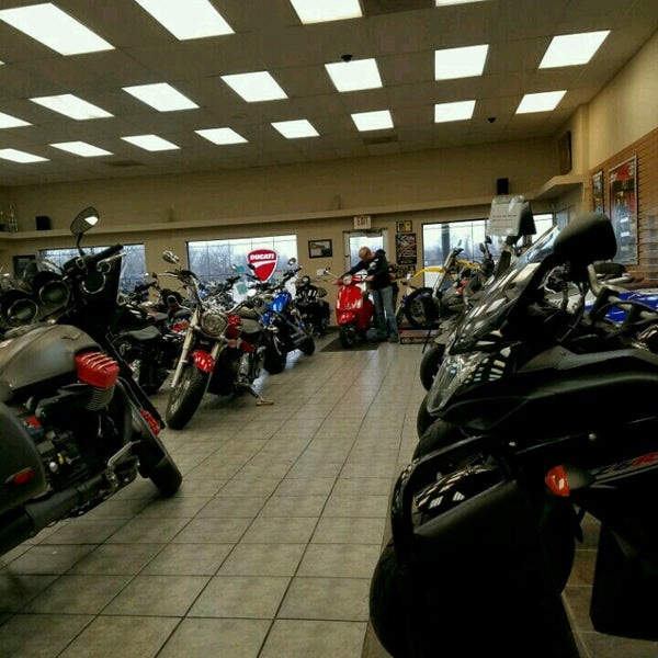 Reno 39 s powersports martin city 13611 holmes rd for Reno yamaha kansas city