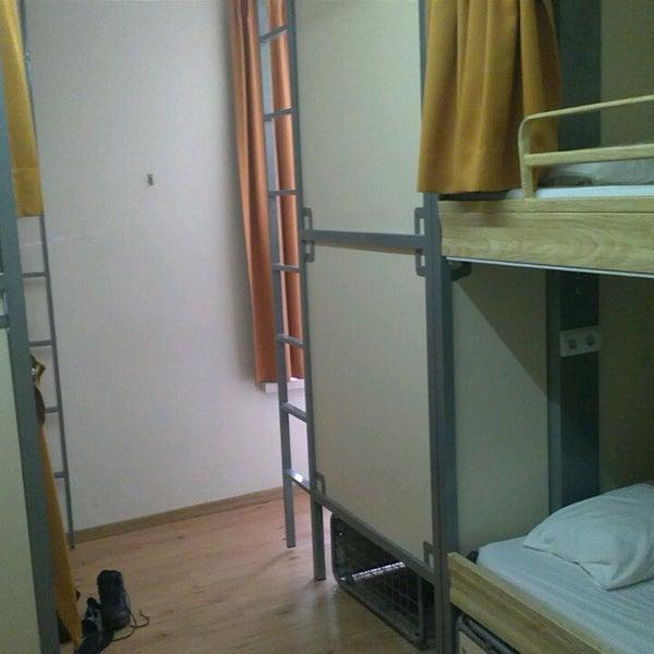 Şu ana kadar kaldığım christopher's hostelleri arasinda yatağı en sert olan burası ama çalışanları çok yardımsever