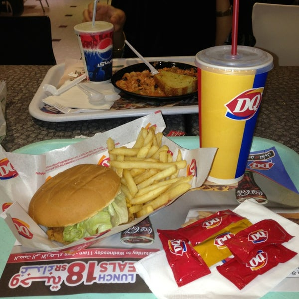 Photo taken at Dairy Queen by Afnan on 7/16/2013