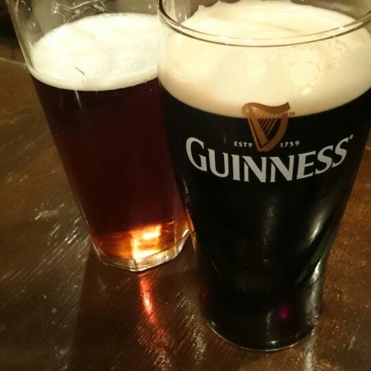 Снимок сделан в Molly Malone's Pub пользователем Legych 5/25/2014