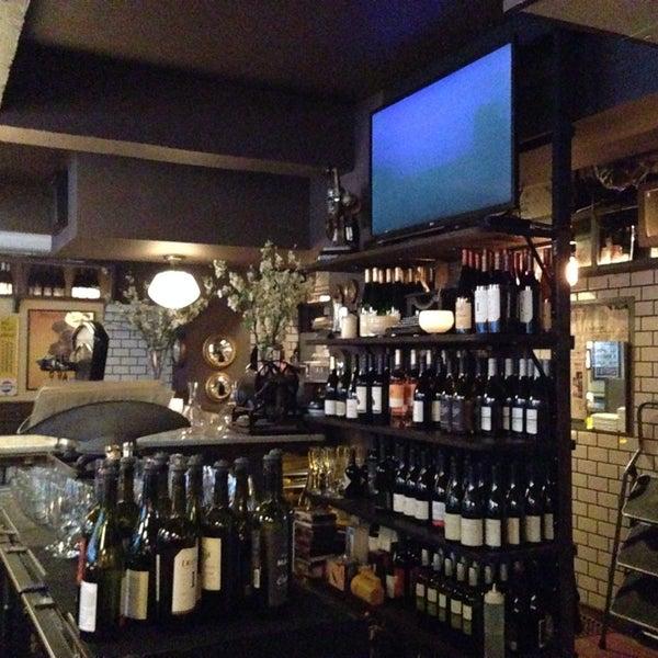 Photo taken at Vanguard Wine Bar by Stefan M. on 2/14/2014