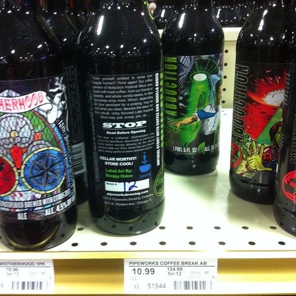 รูปภาพถ่ายที่ Binny's Beverage Depot โดย Jeremiah T. เมื่อ 2/8/2013