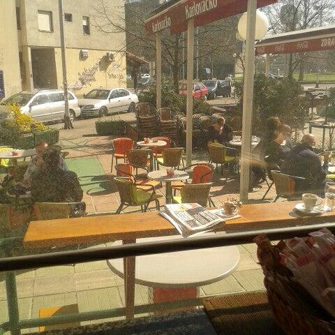 Caffe bar marche dugave zagreb grad zagreb for Food bar zagreb