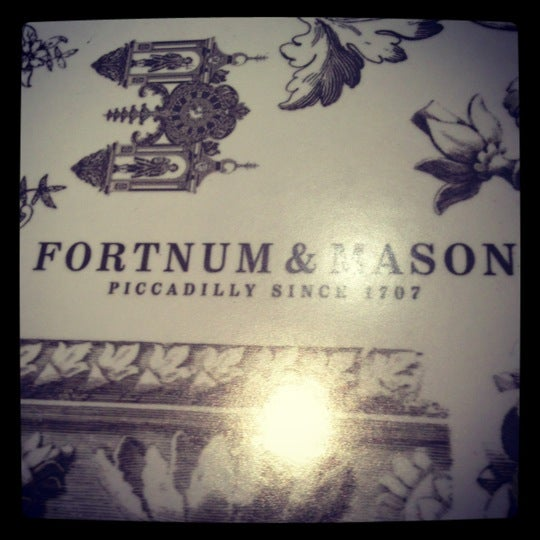 Photo taken at Fortnum & Mason by N1k0 V. on 12/7/2012
