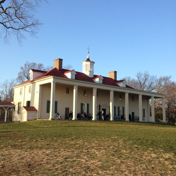 Photo taken at George Washington's Mount Vernon by Ricky C. on 12/29/2012