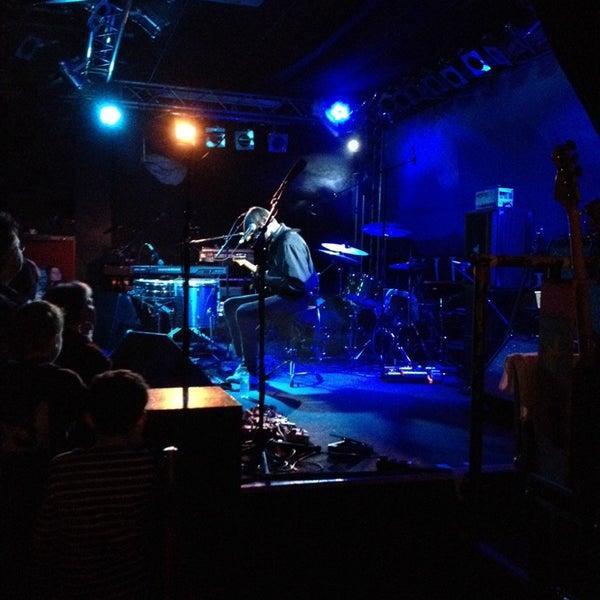 Das Foto wurde bei Frannz Club von Jan K. am 11/29/2013 aufgenommen