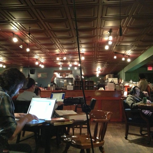 Photo taken at Bennu Coffee by Pranav P. on 11/24/2012