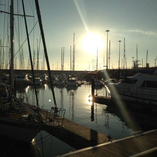 Foto tirada no(a) Porto de Recreio de Oeiras por Alfredo F. em 12/10/2012