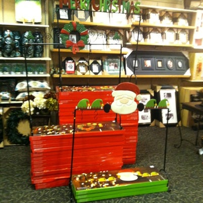 Kirkland 39 s home decor gifts more 166 visitors for Decor n more