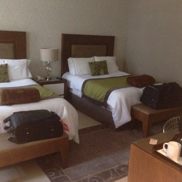 Muy buen hotel, las habitaciones amplias, modernas y limpias. Precios muy accesibles y la atención del personal excelente.