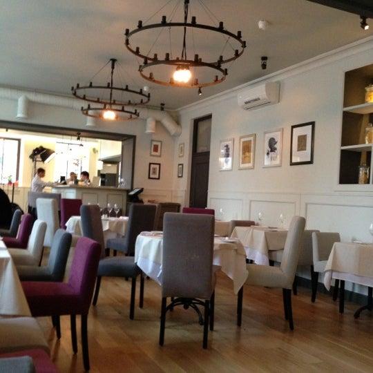 Foto tomada en Romeo's Bar & Kitchen por Khmelnytsky el 11/2/2012