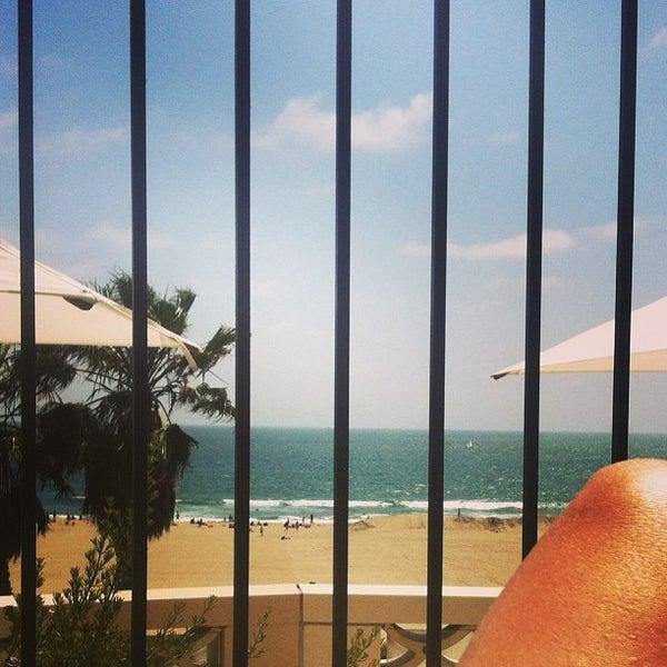 รูปภาพถ่ายที่ Casa Del Mar Hotel โดย Gretchen S. เมื่อ 6/15/2013