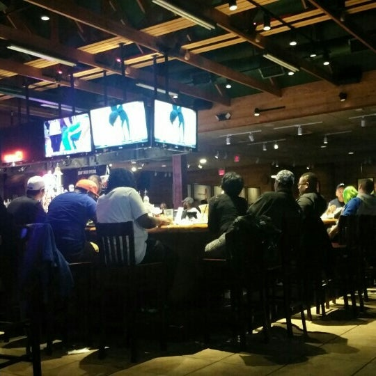 Photo taken at Smokey Bones Bar & Fire Grill by LaMont'e B. on 3/20/2016