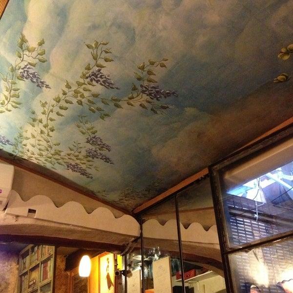 Foto tomada en Donde Olano Restaurante por Clara Ximena M. el 1/12/2013