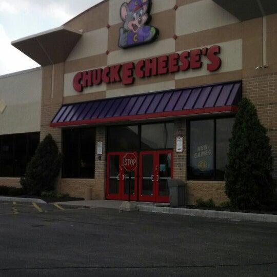 chuck e cheese brookfield