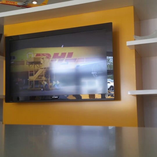 Dhl curacao oficina for Dhl madrid oficinas