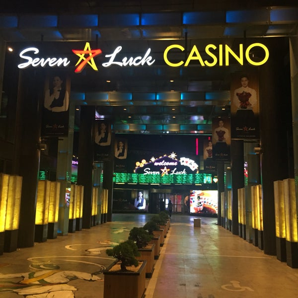 Photo taken at Seven Luck Casino by Rebecca K. on 9/17/2016