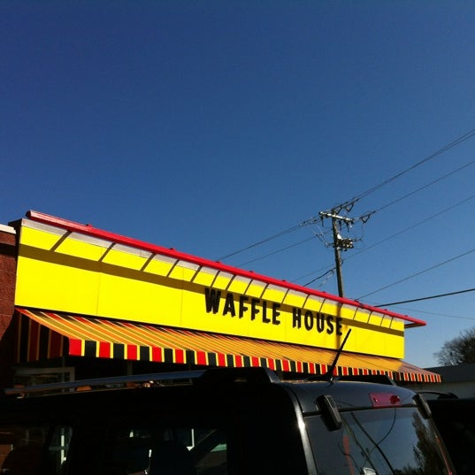 Photo taken at Waffle House by AJ Productions on 11/17/2012