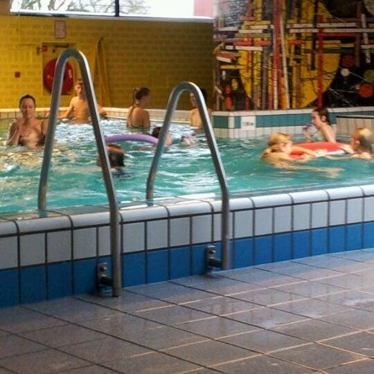 R pool  Fotos bei Zwembad D'r Pool - 3 Tipps von 92 Besucher