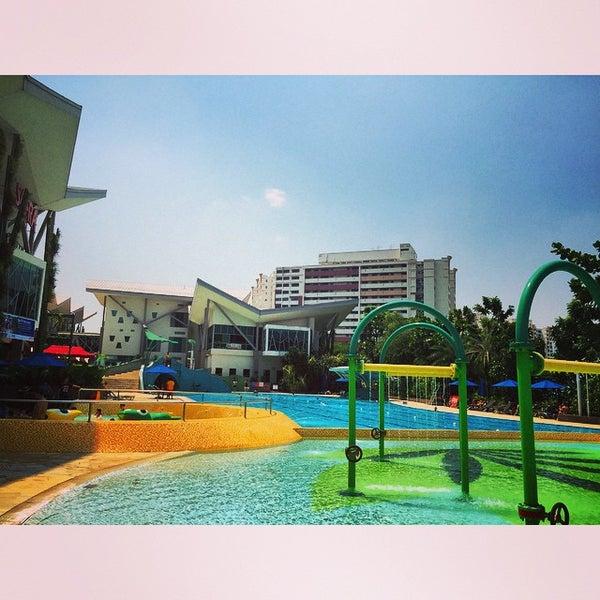 swimming pool safra jurong pool in jurong west