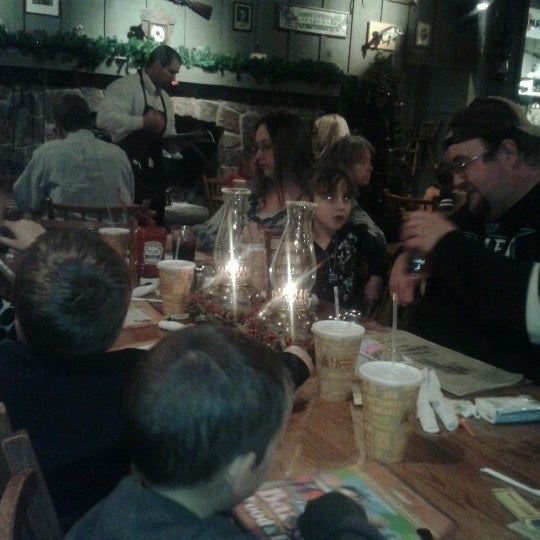 Photo taken at Cracker Barrel Old Country Store by Kevin V. on 12/28/2012