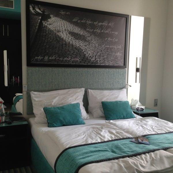 Red and blue design hotel sm chov praha hlavn m sto for Design hotel praha