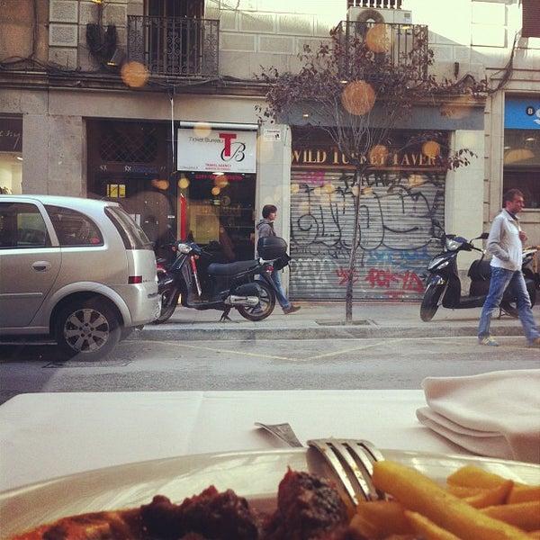 Cullera de boix paella restaurant in el raval for Restaurante cullera de boix