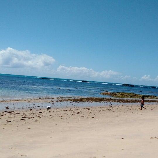 Foto tirada no(a) Praia da Garça Torta por Ricardo O. em 1/4/2015