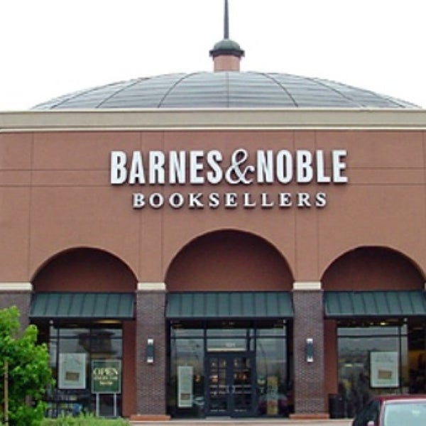 Barnes & Noble (Now Closed)