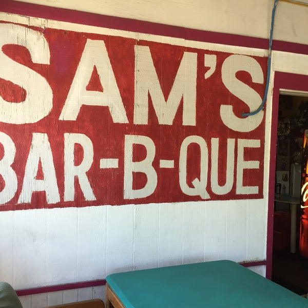 Photo taken at Sam's Bar-B-Que by Samaan A. on 4/21/2016