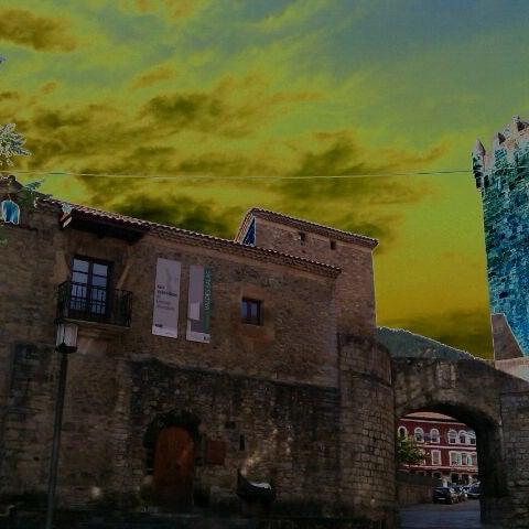 Foto tomada en Castillo de Valdés Salas por Laika R. el 12/22/2012