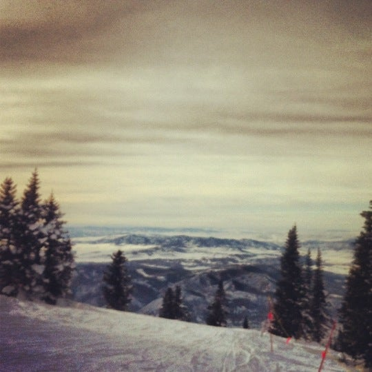 Photo taken at Steamboat Resort by Jonathan O. on 12/31/2012