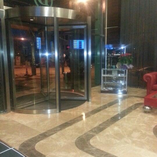 11/12/2012 tarihinde Onur B.ziyaretçi tarafından Demora Hotel'de çekilen fotoğraf