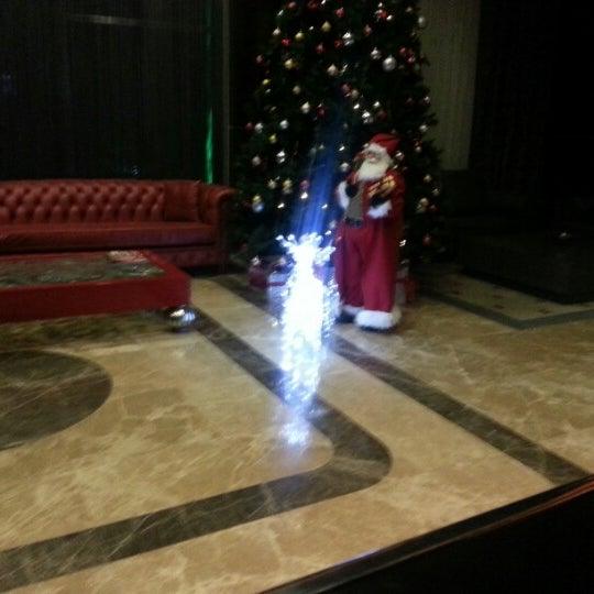 12/16/2012 tarihinde Onur B.ziyaretçi tarafından Demora Hotel'de çekilen fotoğraf
