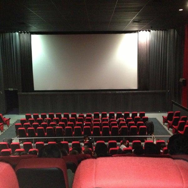 Foto tomada en Cine Hoyts por Pauli M. el 4/28/2013