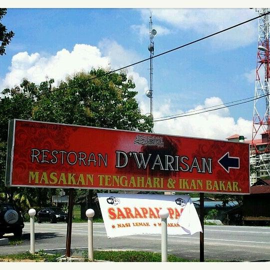 Photo taken at Restoran D'Warisan by Ayu K. on 2/9/2013