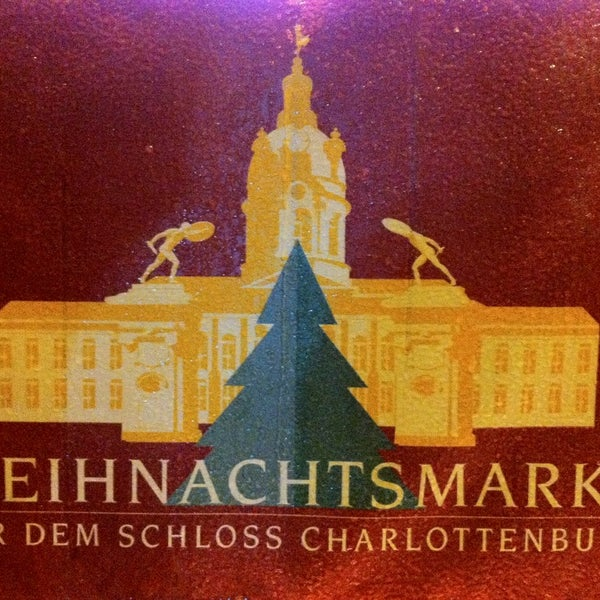 Photo taken at Weihnachtsmarkt vor dem Schloss Charlottenburg by Adam on 12/23/2012