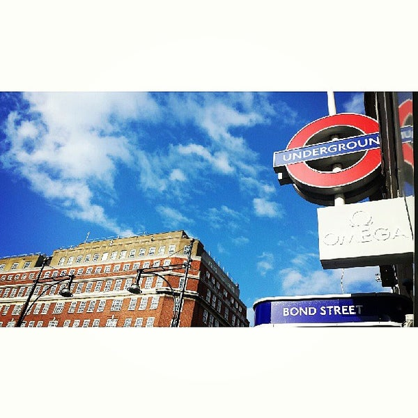 Photo taken at Oxford Street by e r i c y. on 6/15/2013