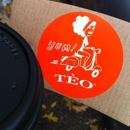 Foto tomada en Teo Espresso, Gelato & Bella Vita por Amanda M. el 11/23/2012