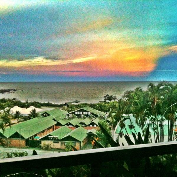 Foto tirada no(a) Infinity Blue Resort & Spa por Vitória S. em 2/11/2013