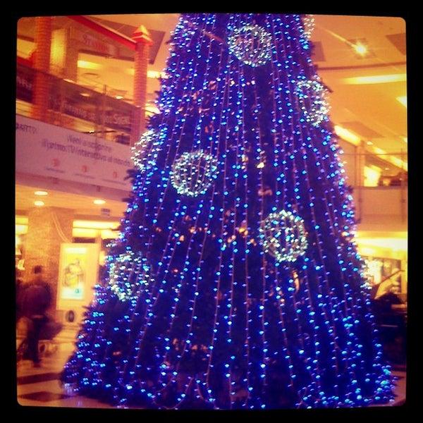 Foto scattata a Centro Commerciale Parco Leonardo da Alessandro A. il 12/16/2012
