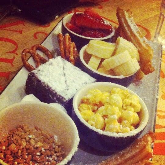 Foto diambil di Chocolateria San Churro oleh Nickolas pada 9/16/2012