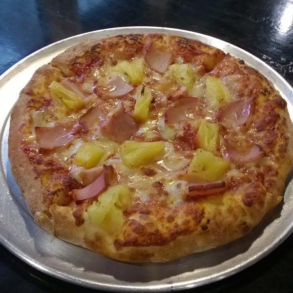 Hula pizza!
